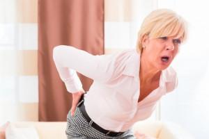 Hexenschuss nennt man den stechenden und anhaltenden Schmerz in der unteren Wirbelsäule