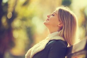Der HNO-Arzt rät zu gesunder Ernährung und Spaziergängen an der frischen Luft
